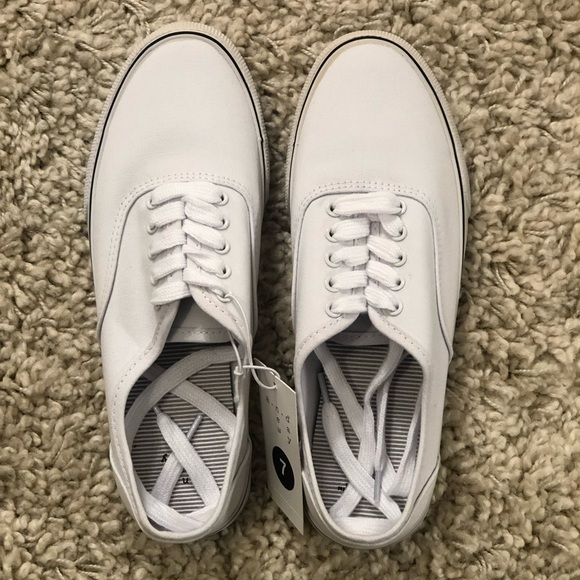 a new day Shoes - NWT White Casual Sneaker